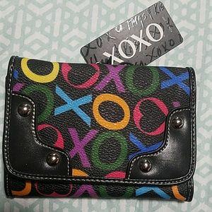 NWT XOXO CARLTON trifold wallet